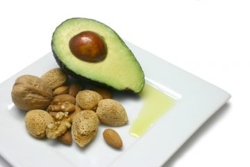 avacado and nuts