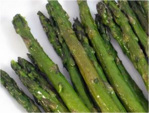 ... .com/recipes/roasted-asparagus/ (I add about 3 cloves of garlic