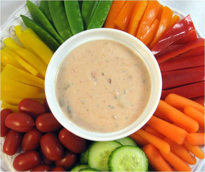 Veggies and Salsa Ranch Dip - Skinny Kitchen