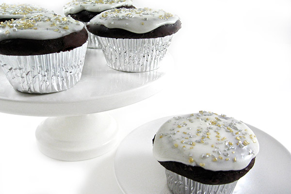 Skinny Red Velvet Cupcakes with Weight Watchers Points ...