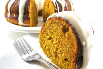 pumpkin cake with frosting photo