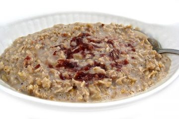 peanut-butter-and-jelly-oatmeal
