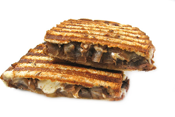 Grilled Cheese and Roast Beef Topped With Guinness Caramelized Onions ...