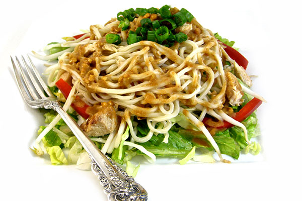 Thai-riffic Noodle Chicken Salad with Peanut Dressing with Weight ...