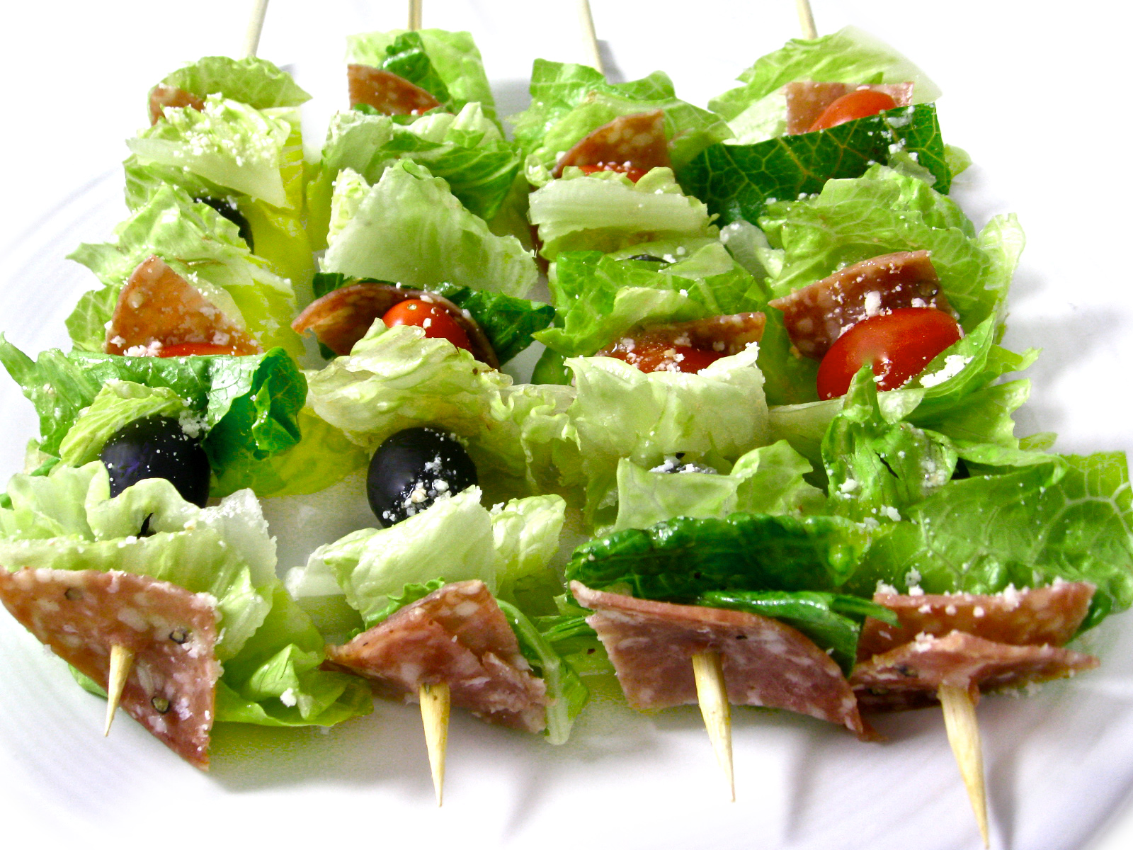 ... way to serve a salad so low in carbs and calories and taste like an
