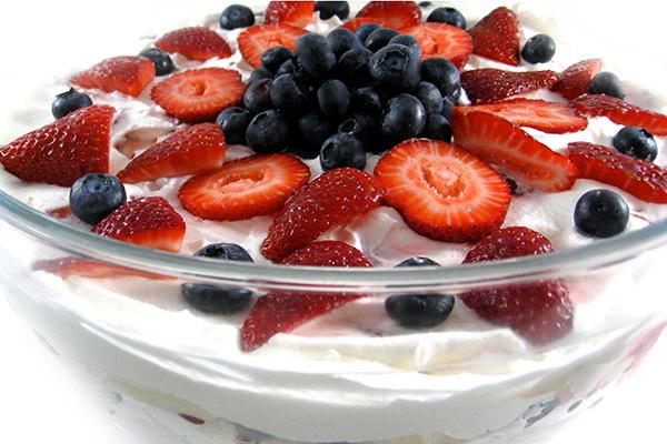strawberry-triffle-2