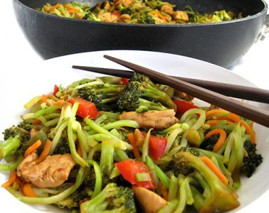 chicken and broccoli stirfry