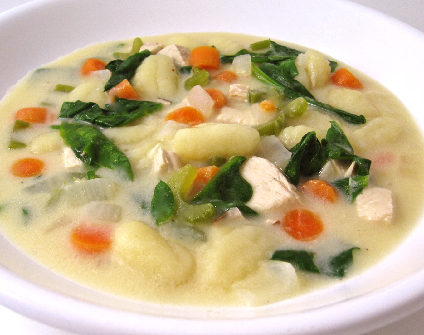 Olive garden chicken gnocchi soup made skinny with weight - Gnocchi soup olive garden recipe ...