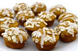 mini pumpkin coffee cake muffins