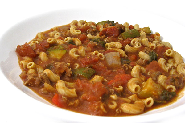 Crock-Pot, Skinny Tomato Beef Macaroni Stew with Weight Watchers ...