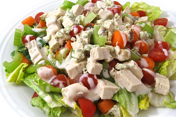 Low Calorie Buffalo Ranch Chicken Salad With Weight