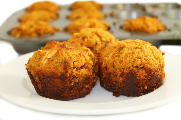paleo-pumpkin-muffin-1-color