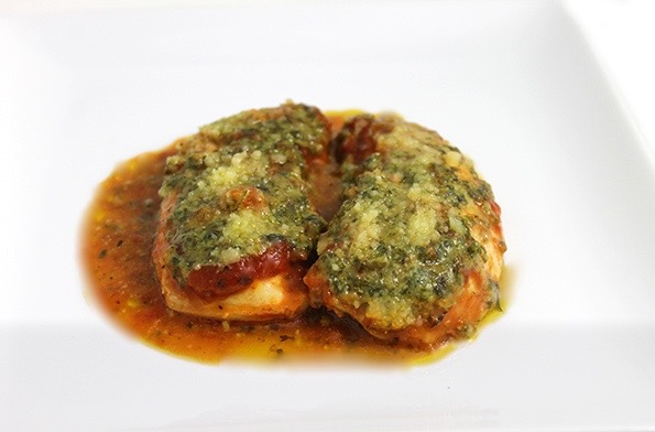 Skinny Baked Pesto Chicken (4 ingredients) with Weight ...